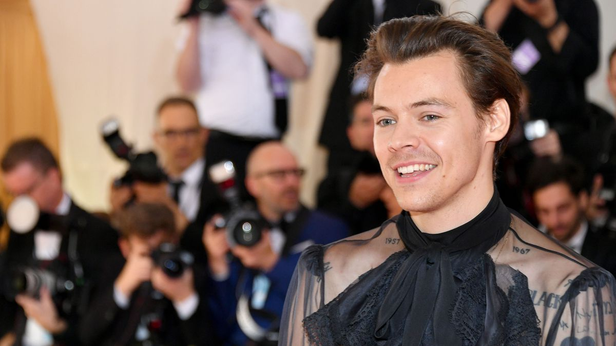 British Singer Harry Styles Set To Host Snl Perform On Show