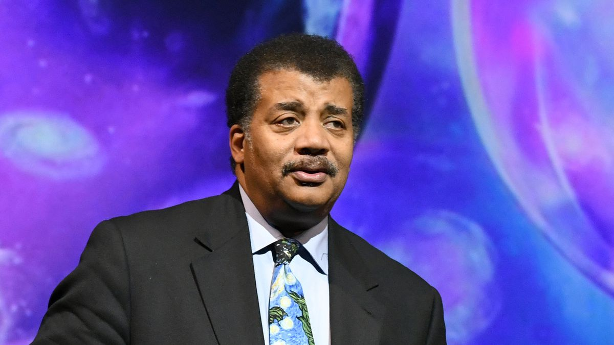 Neil deGrasse Tyson coming to speak in Tulsa