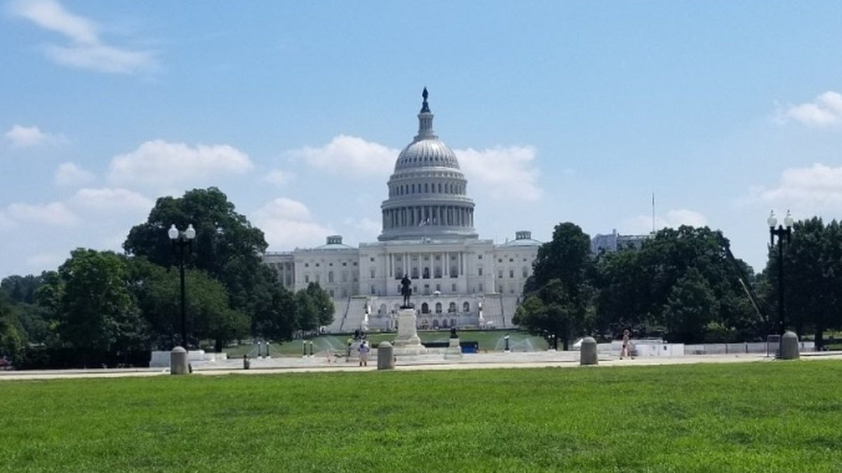 House set for vote to raise federal minimum wage to $15 per hour