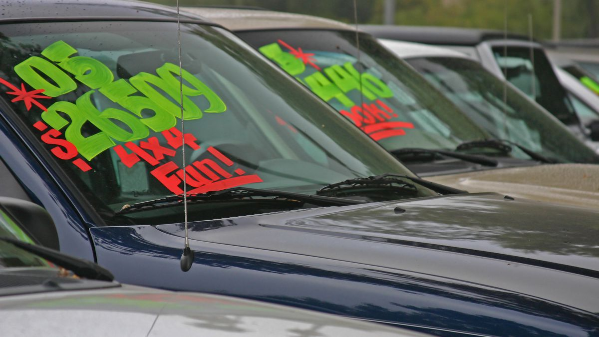 How to get a free VIN report before buying a used car