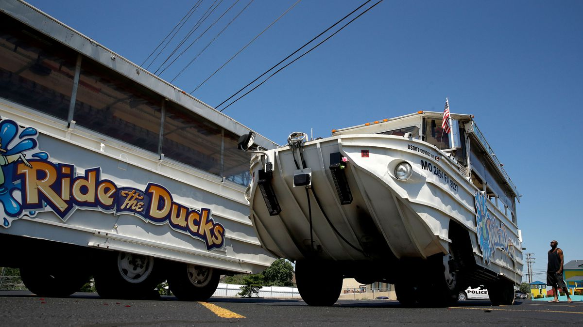 Ban duck boat tours, says former NTSB chairman after fatal Branson sinking