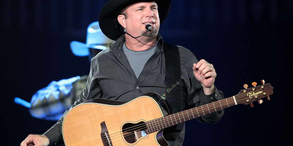 Who is country music singer Garth Brooks?