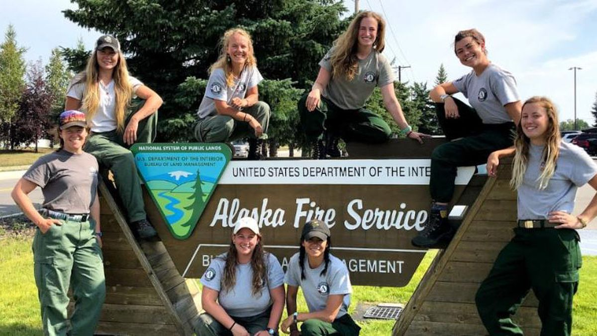 All-women's fire crew heading to Alaska to help battle wildfires