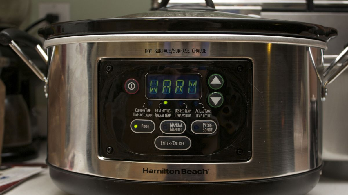 Coronavirus: Sanitize your mask in your... slow cooker?