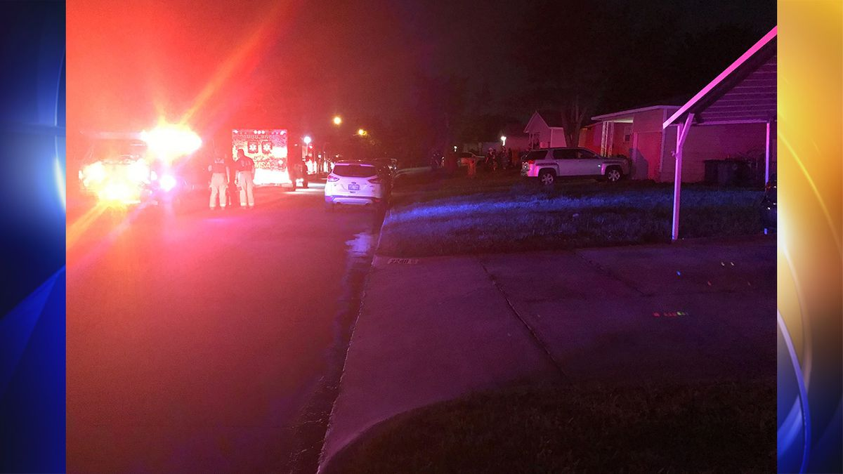 Police: Tulsa father and girlfriend attacked by sons armed with shotgun and ax