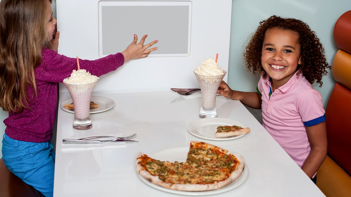 14 places where kids eat free (or nearly free)!