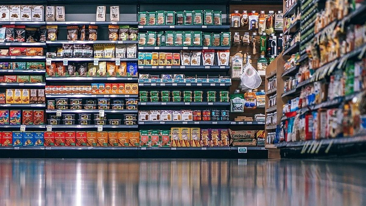 Texas high school opens grocery store for students and their families