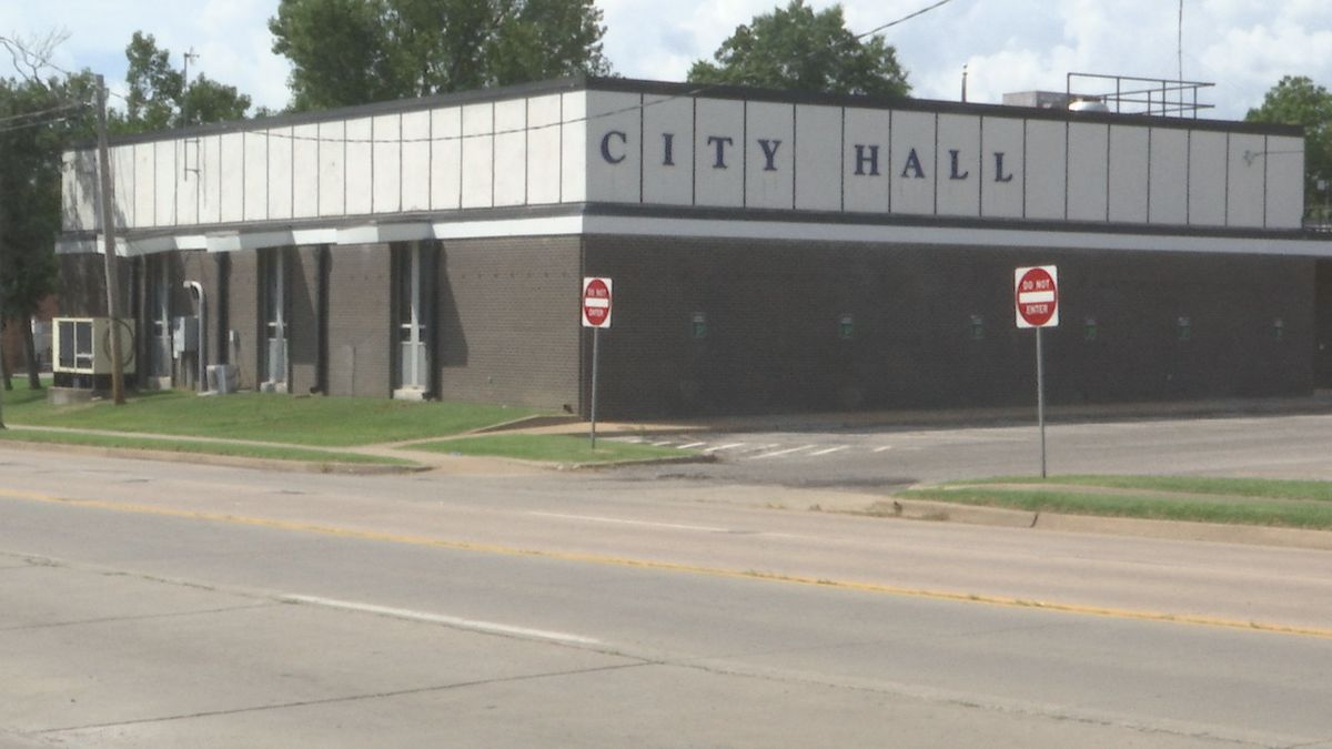 Claremore city leaders approve citywide mask mandate
